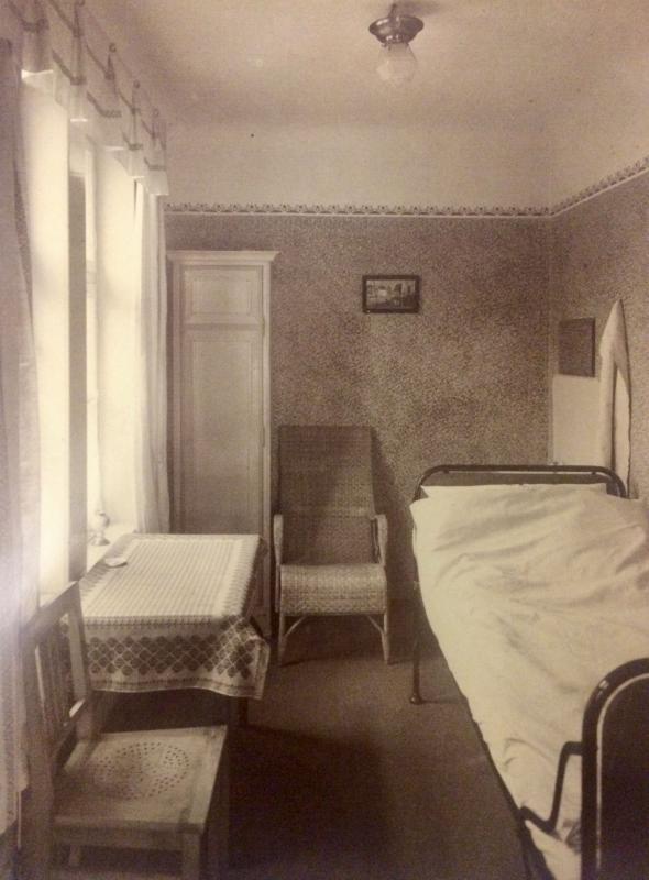 Historische Ansicht Zimmer, Quelle: Stiftung Ros