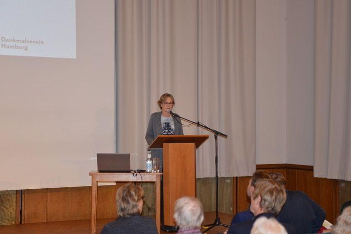 Einführung Elinor Schües, Foto: Yo Loewy