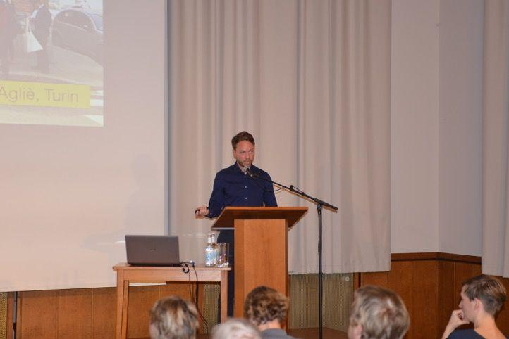 Vortrag Levente Polyak, Foto: Yo Loewy