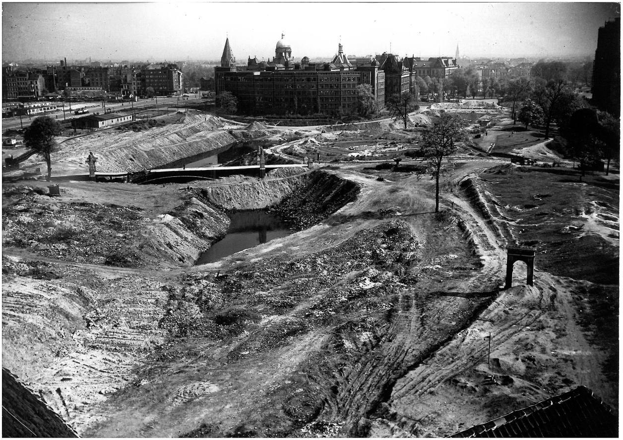 Verfüllung Große Wallanlagen (Quelle: Archiv der Gartendenkmalpflege der Behörde für Umwelt und Energie)