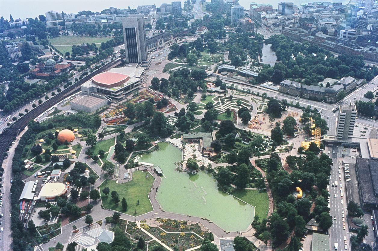 IGA 1973, Blick vom Fernsehturm (Quelle: Archiv der Gartendenkmalpflege der Behörde für Umwelt und Energie)