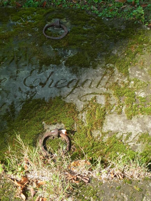 Alter Hammer Friedhof verfällt