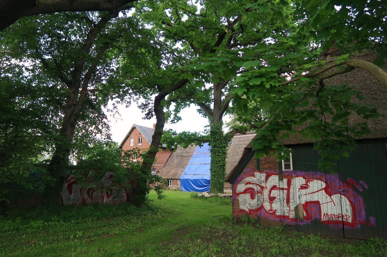 Sassenhof verfällt