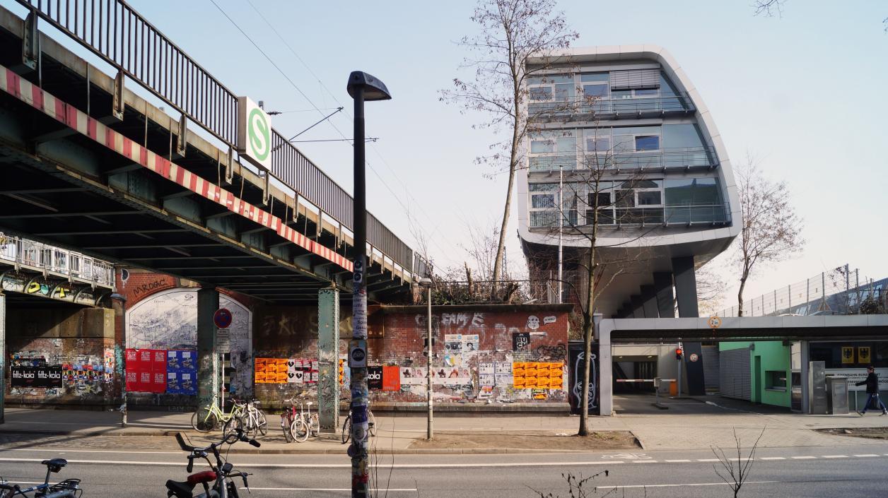 Bahnbrücken und Eisenbahn-Bundesamt, Foto: Antipas Papageorgiou